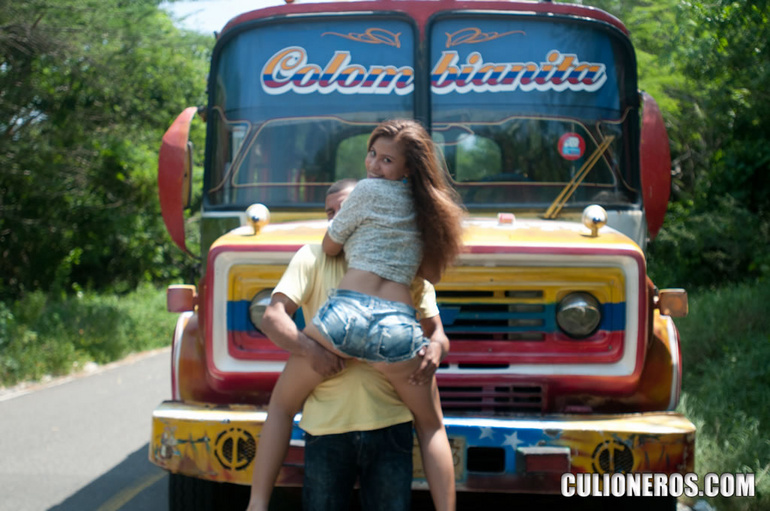 TtNBi Chivasculionas   Teens Colombianas (imagenes) (0 puntos)