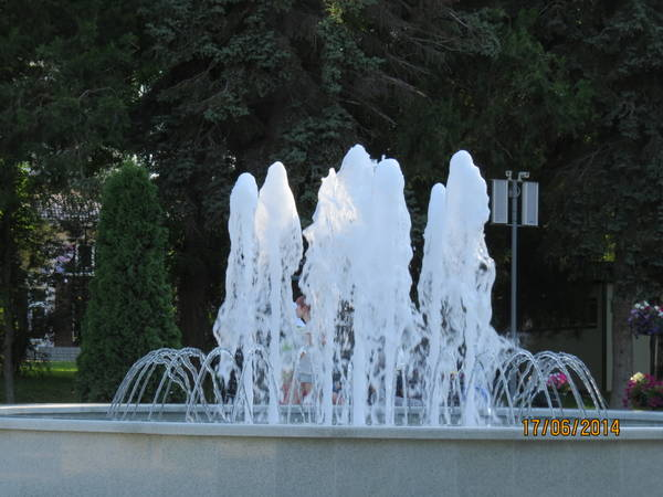 http://s6.uploads.ru/t/7Dy8L.jpg