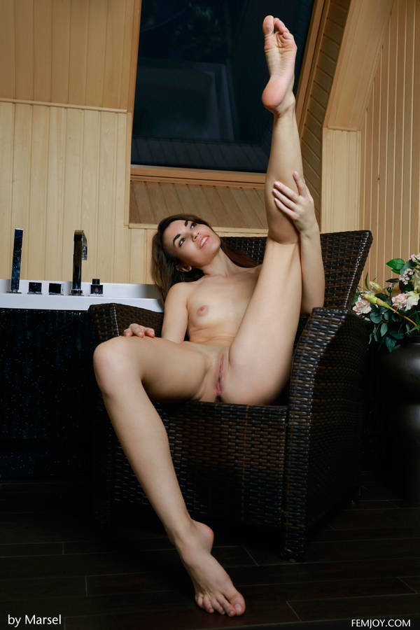 http://s6.uploads.ru/t/FYsPm.jpg