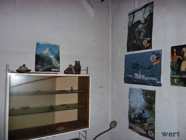 http://s6.uploads.ru/t/KRZqC.jpg