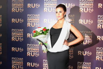 http://s6.uploads.ru/t/KnzZ3.jpg