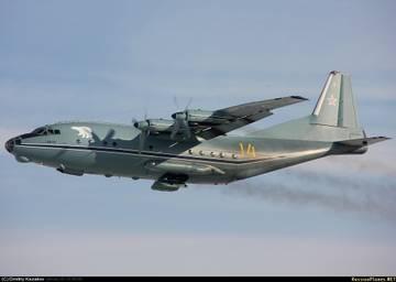 Ан-12ПС - поисково-спасательный самолет F8bMF
