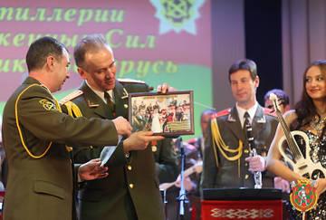 http://s6.uploads.ru/t/8vBSK.jpg